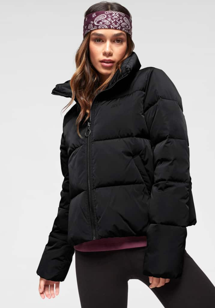 Dámská prošívaná bunda, černá